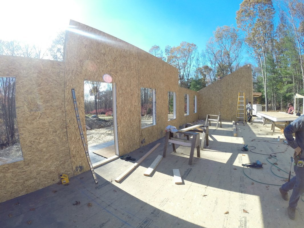 walls built with structural insulated panels - SIP Building Solutions - Westport, Fairfield, Stamford, Greenwich, Danbury CT