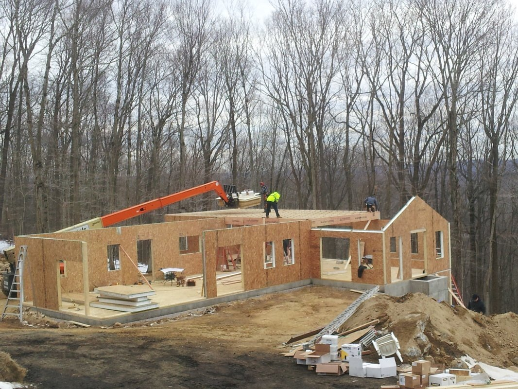 home construction with structural insulated panels - SIP Building Solutions - Westport, Fairfield, Stamford, Greenwich, Danbury CT