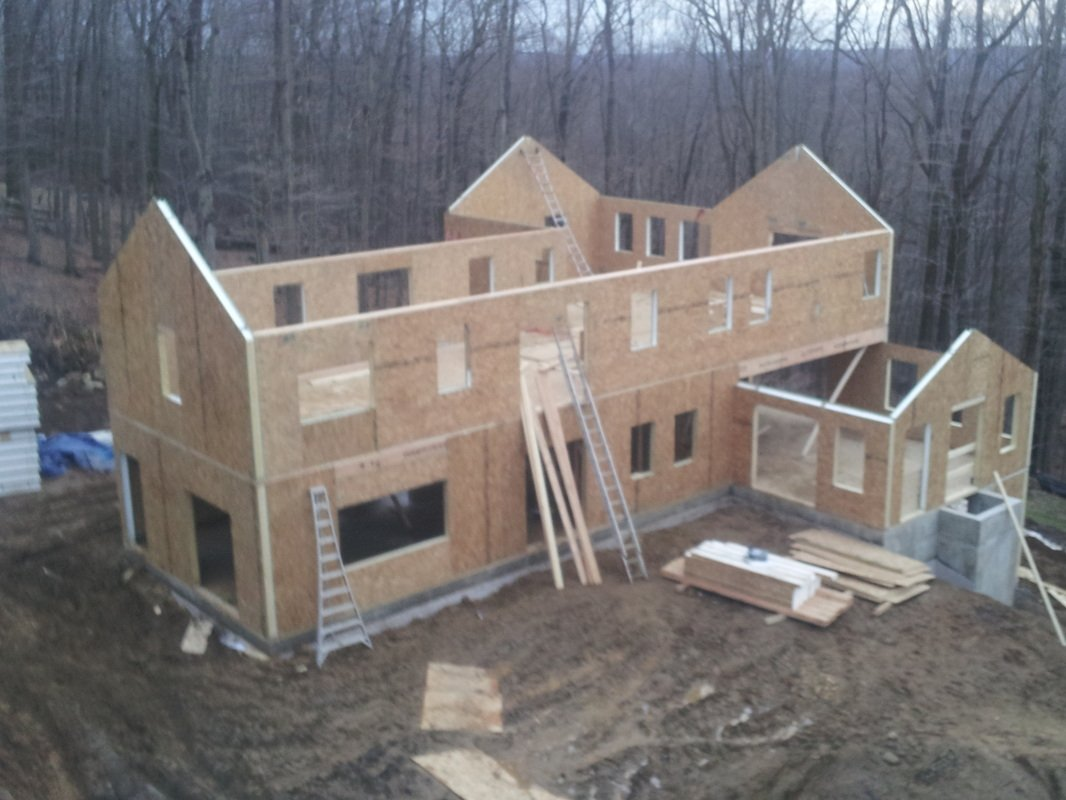 home construction using structural insulated panels - SIP Building Solutions - Westport, Fairfield, Stamford, Greenwich, Danbury CT
