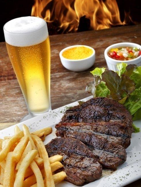 Per accompagnare i tuoi piatti puoi scegliere tra vari tipi di birra alla spina o in bottiglia.