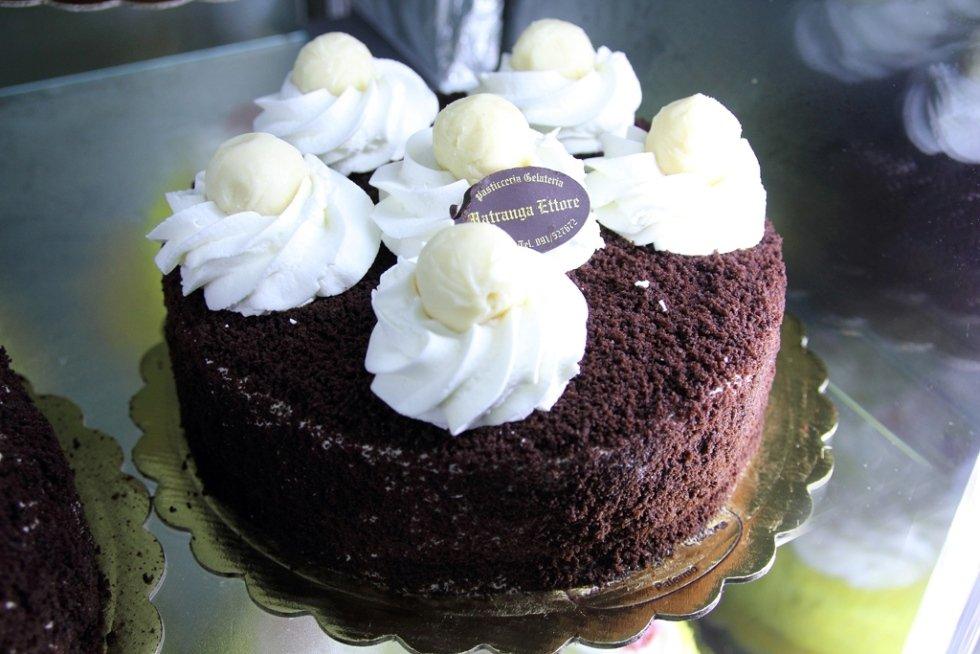 torta al tartufo
