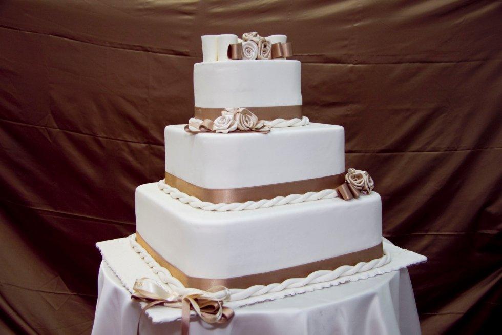 torta pasta di zucchero