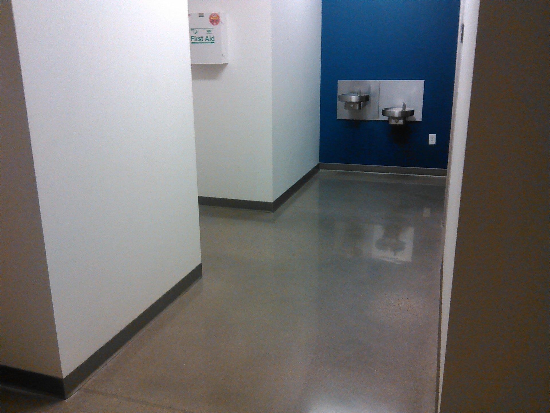 Expert floor cleaning work
