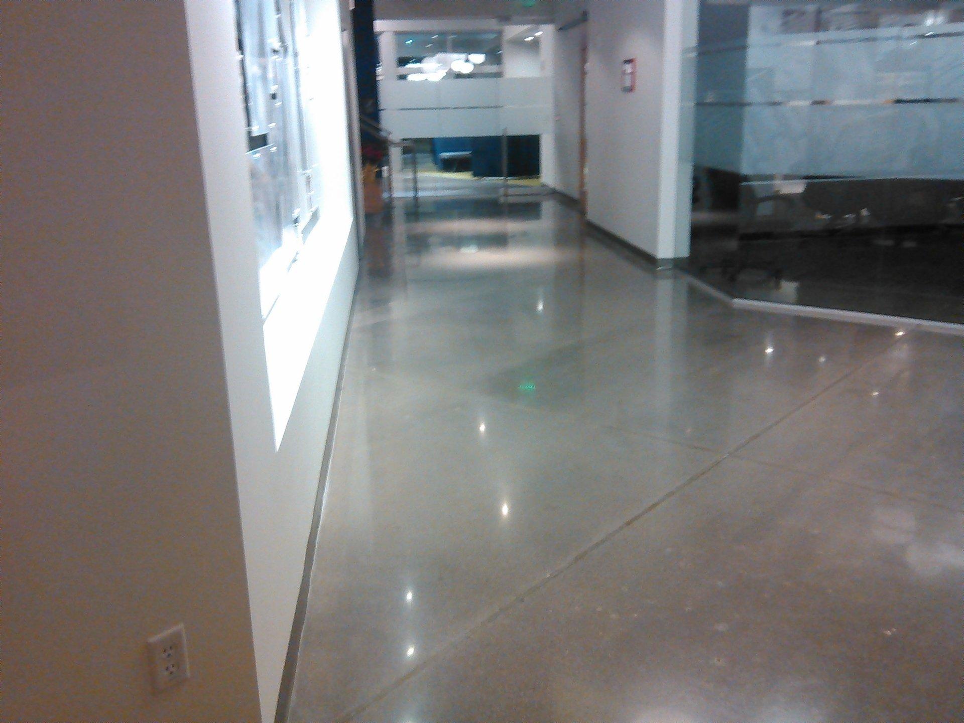 Expert floor cleaning