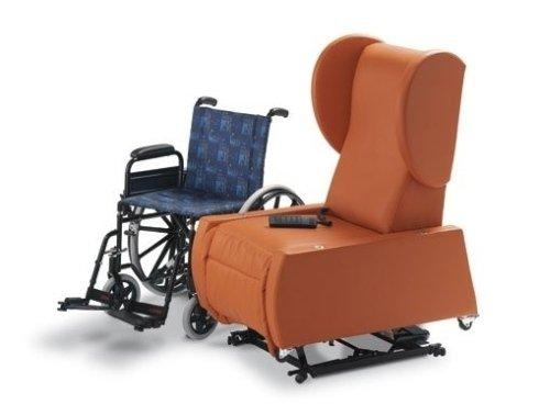 Poltrone con meccanismi per disabili torino sanatex