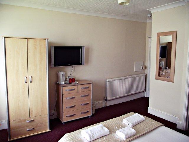 Hotels in Brighton - Brighton, Suffolk - New Cosmopolitan Ltd - B&B in Brighton 3