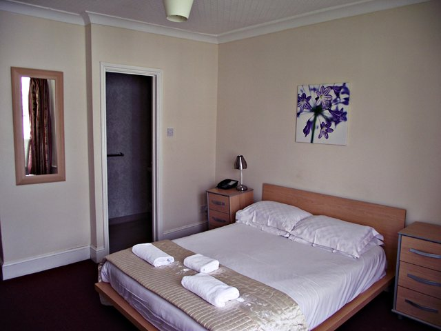 Hotels in Brighton - Brighton, Suffolk - New Cosmopolitan Ltd - B&B in Brighton 3