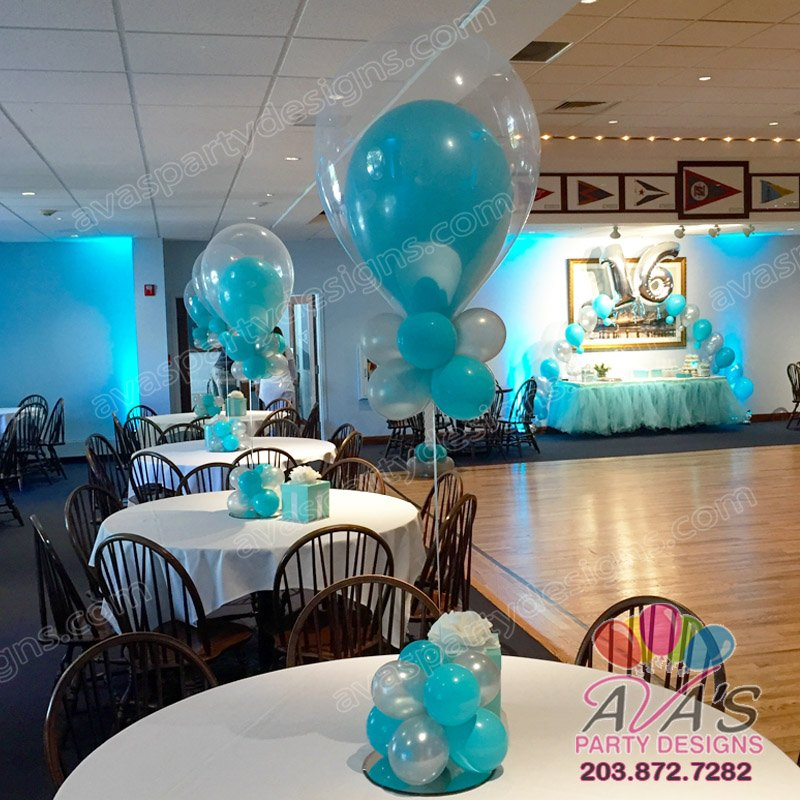 Tiffany Theme Balloon centerpiece, fantasy cloud centerpiece, double bubble balloon centerpiece, balloon decoration idea for tiffany theme birthday party