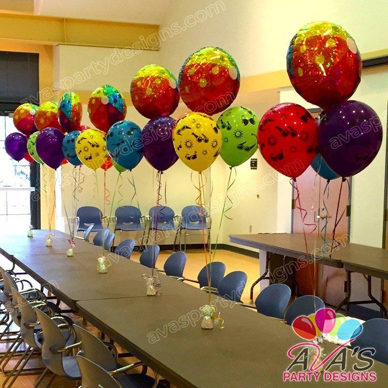 Beachball balloons, summer balloon centerpiece, pool party balloon decor
