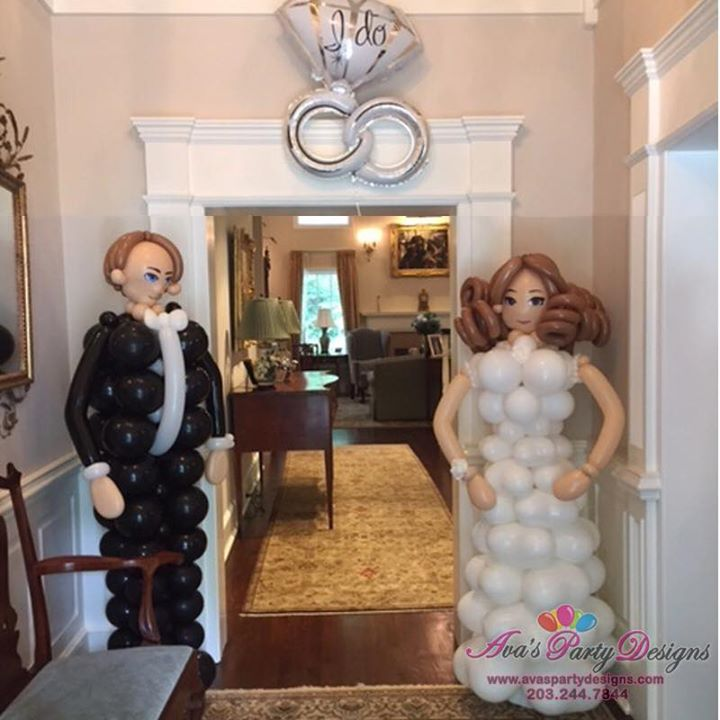 Bride and Groom Balloon Sculpture, Wedding balloon decoration