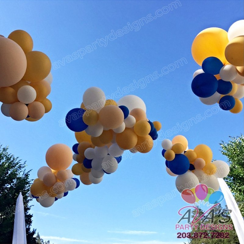outdoor floating ceiling, wedding balloons, balloon decorations for weddings
