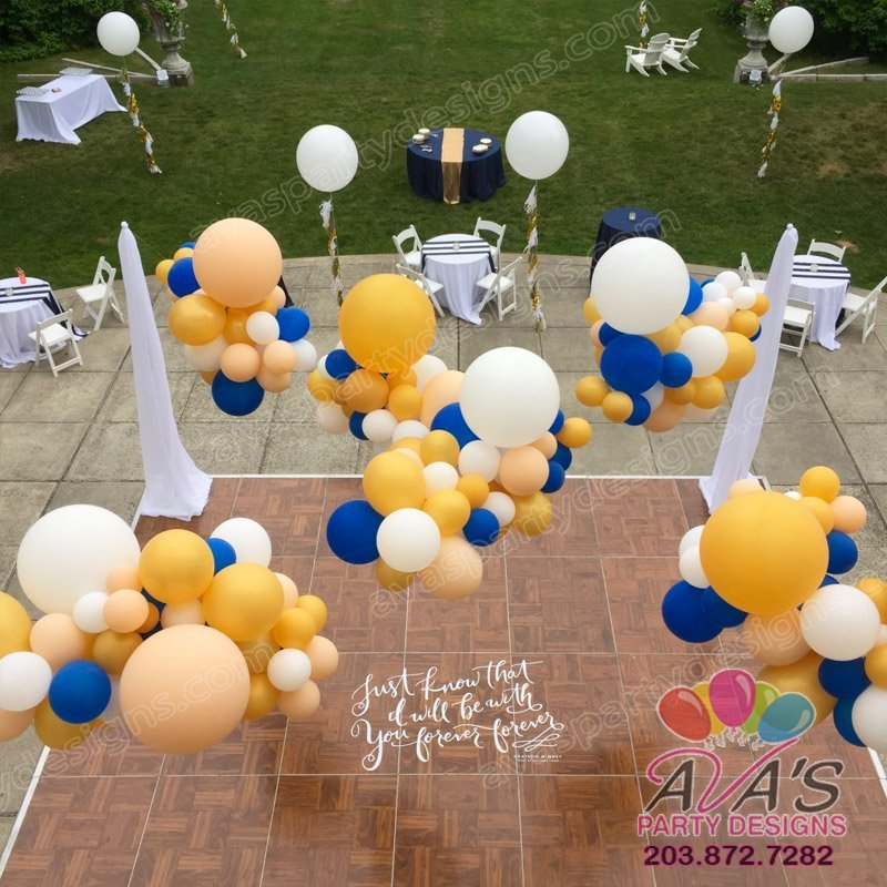 outdoor balloon cloud canopy, wedding balloons, balloon decorations for weddings
