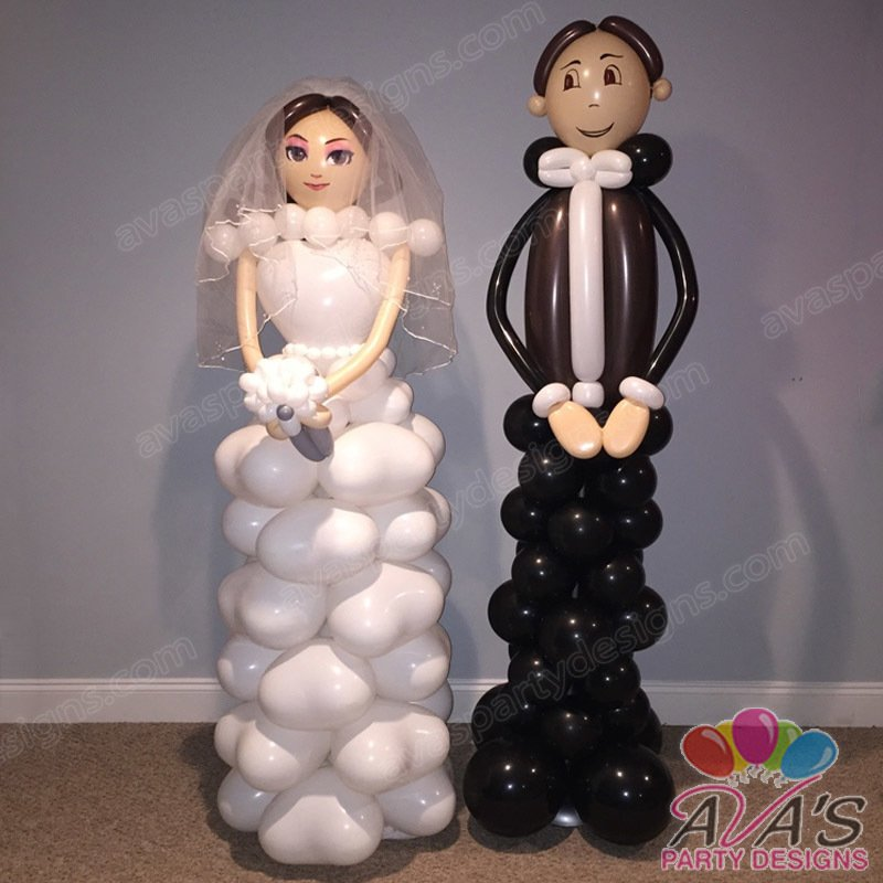 Bride and Groom Balloon Sculpture, Wedding balloon decoration