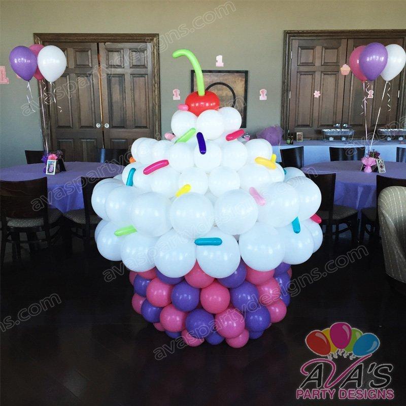 Cupcake balloon sculpture, large balloon cupcake, cupcake balloon decor