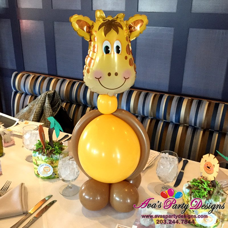 Giraffe Balloon Centerpiece, animal balloon decor