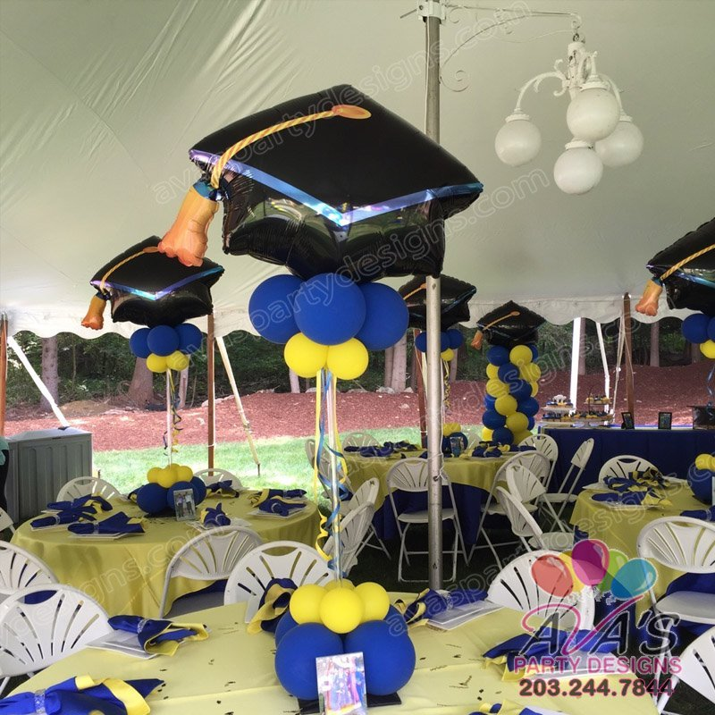 Graduation Cap Balloon Centerpiece, School balloon decor, blue and yellow balloon decoration