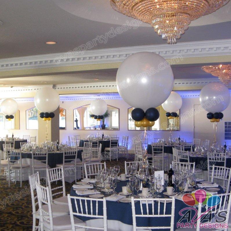 Ava's Party Designs, Nautical balloon centerpiece, ball