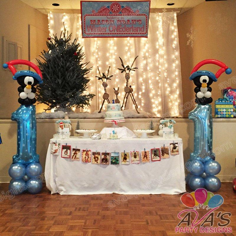 Penguin Balloon Column, winter wonderland party theme, winter balloon decoration, 1st birthday balloon ideas