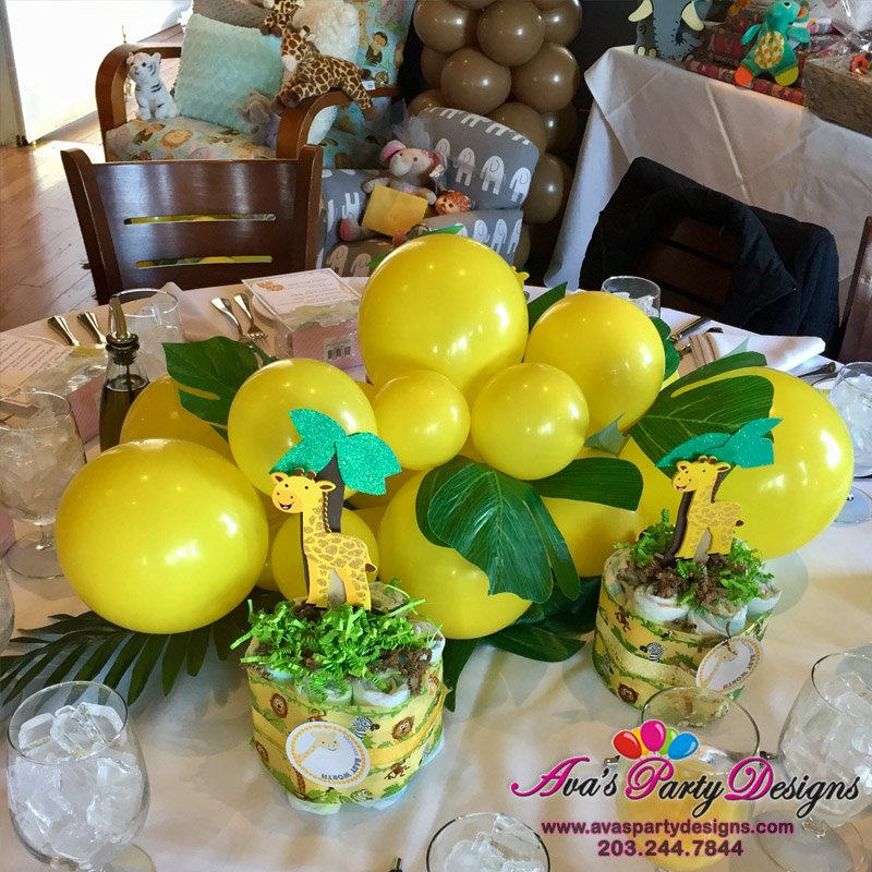 Pineapple Balloon Centerpiece, animal balloon decoration