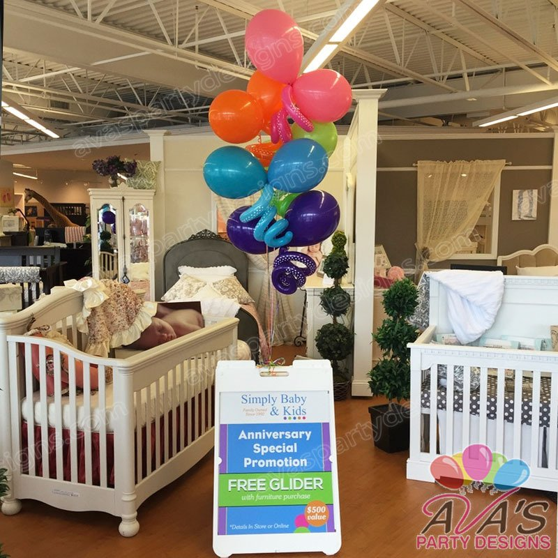 Curly Balloon Bouquet, Balloons for event sign stand