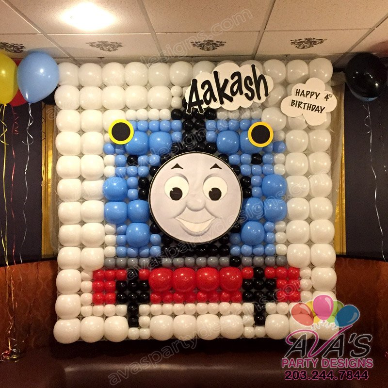 Thomas the Train Balloon backdrop, Balloon Train, Balloon Decor