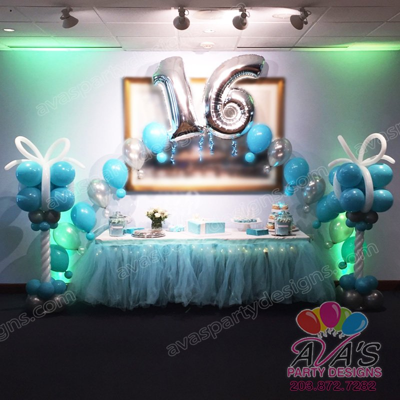 Tiffany Theme Balloon decor, sweet 16 string of pearl balloon arch, balloon decoration idea for tiffany theme birthday party