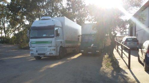 due furgoni per trasloco