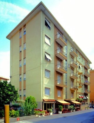 Hotel Nuovo Bristol