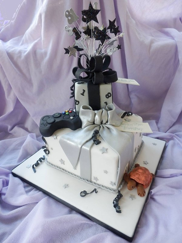 unique design cake