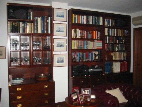 libreria in nicchia