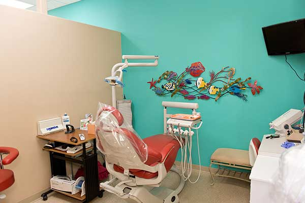 Dental station in Anchorage, AK | J Bryson McBratney's Office