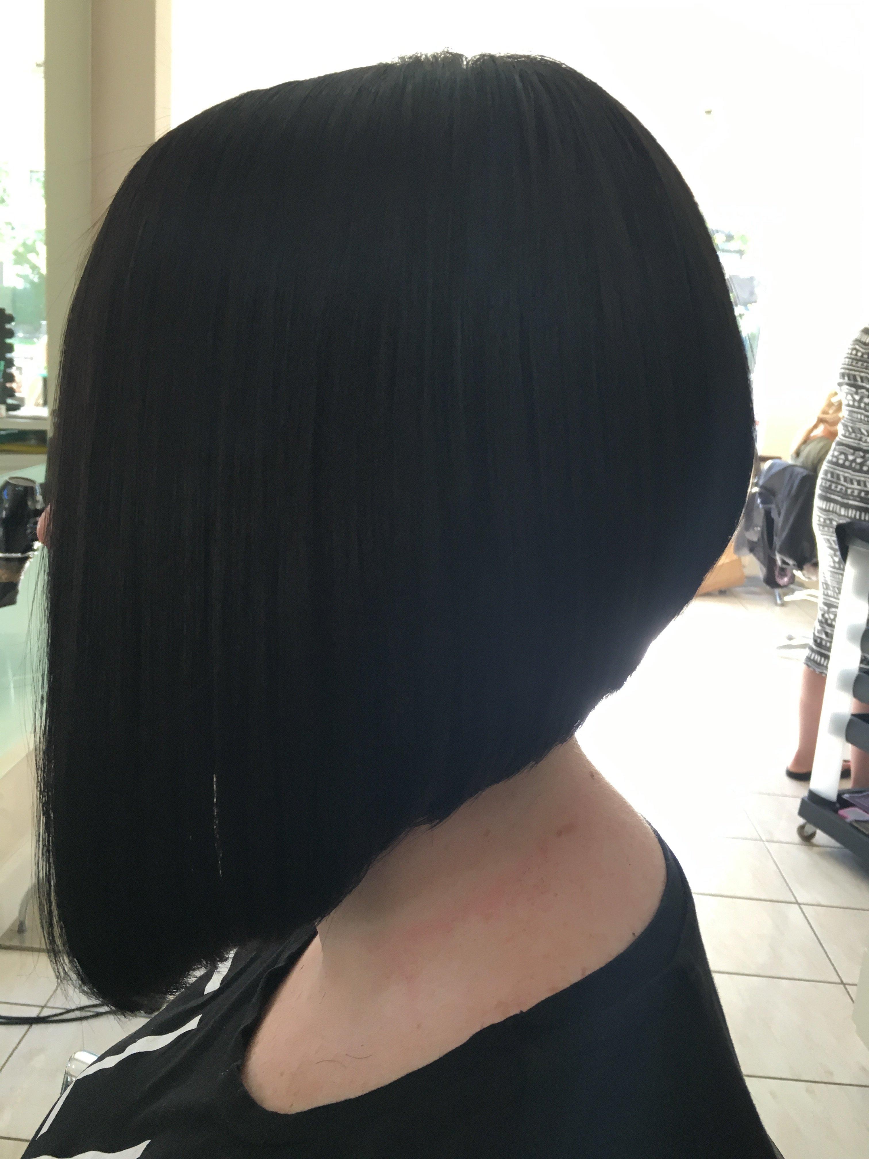 Sleek haircut