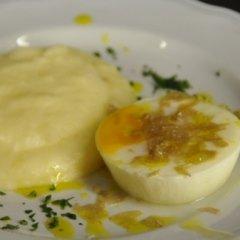 Uovo al Tartufo Bianco con Purè Tartufato