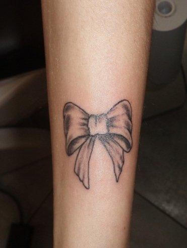 Tattoo fiocco