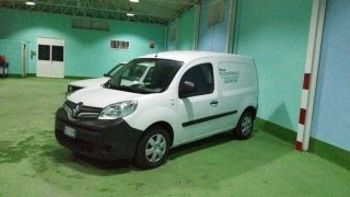furgone della ditta NEW ECO SERVICE