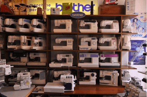 negozio macchine per cucire