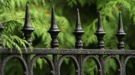 ringhiere in ferro battuto,  recinzioni per abitazioni, recinzioni in ferro battuto