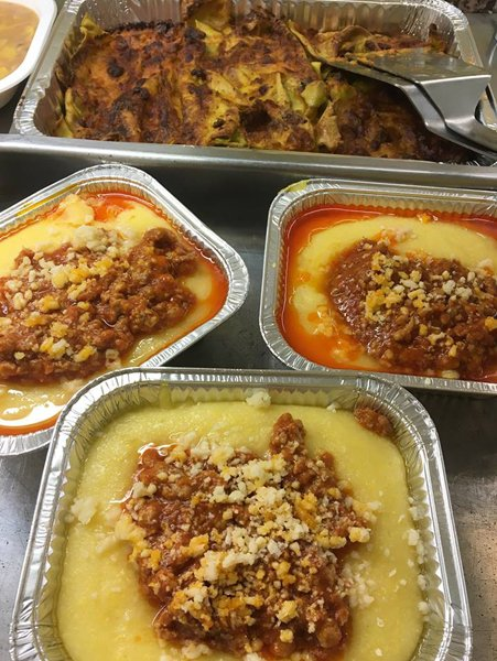 vaschette di polenta col ragu