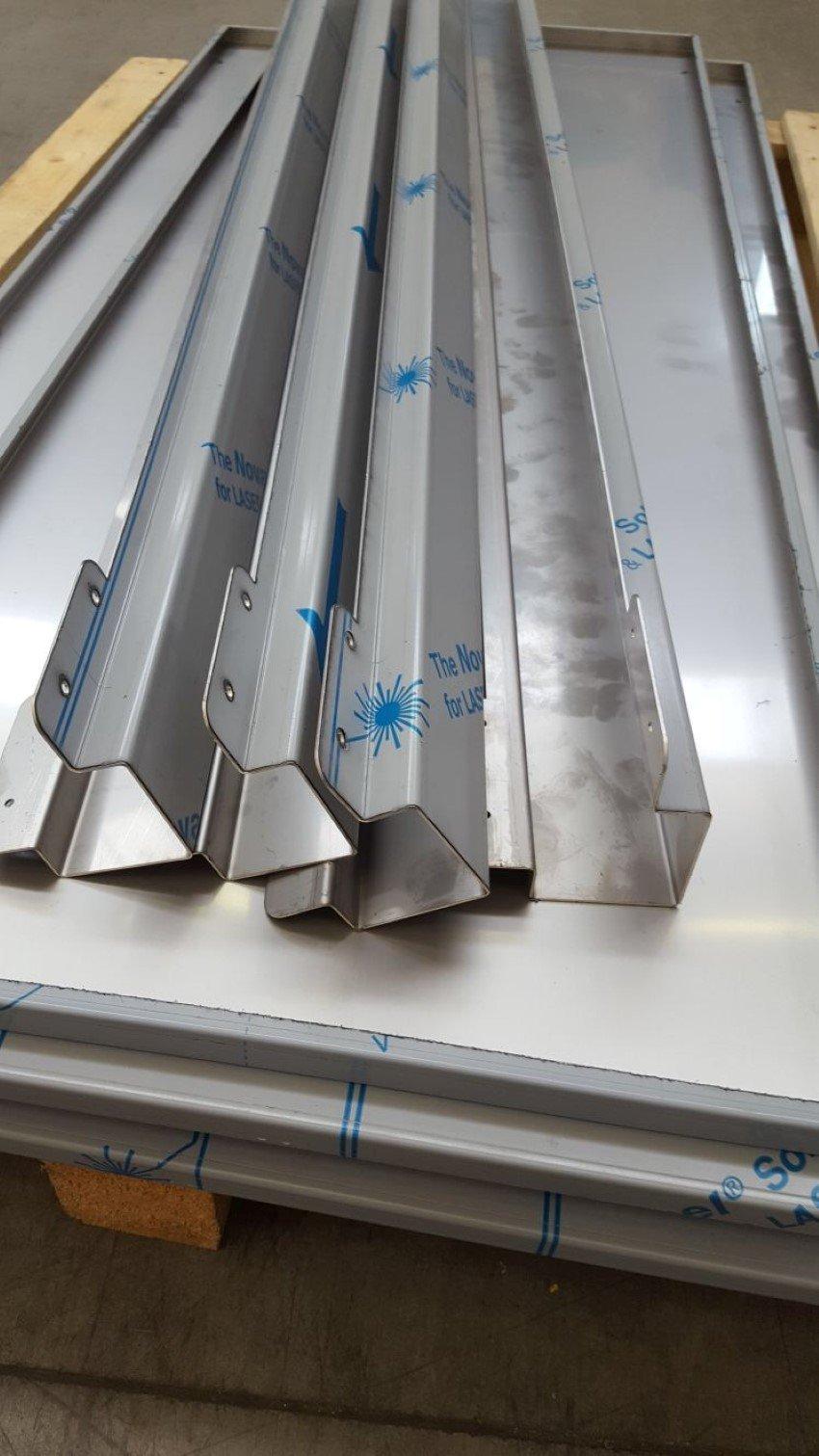 Particolare lavorazione acciaio inox