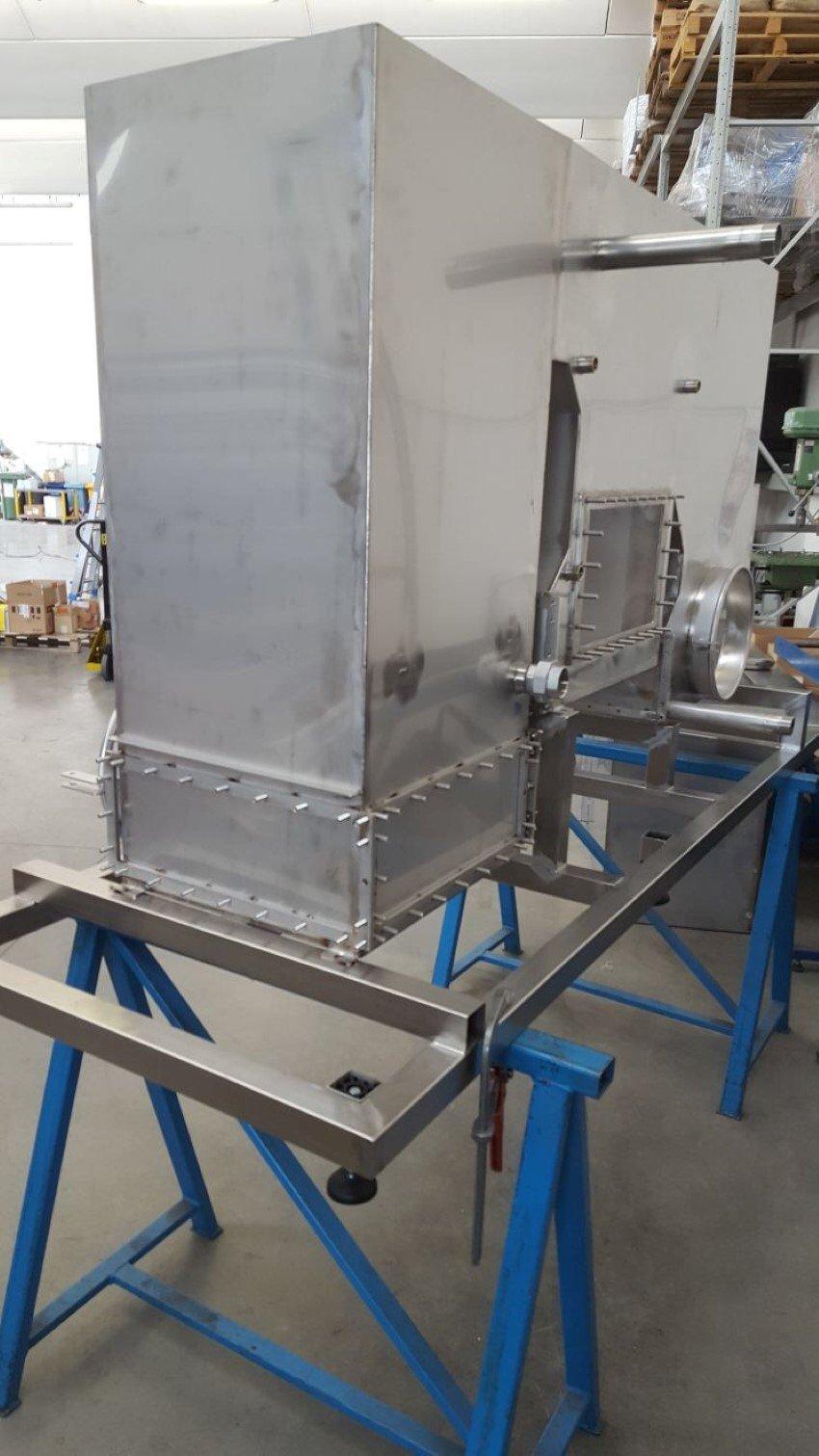 Macchinario per lavorazione in acciaio inox