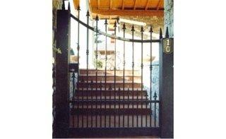 cancello inglese con punte
