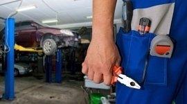 Servizi di manutenzione dell'auto