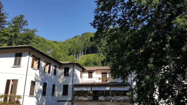 la casa di riposo dall'esterno
