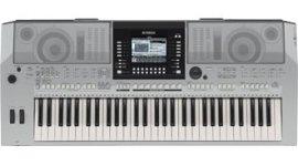Vendita tastiera elettronica Yamaha prs910 varese