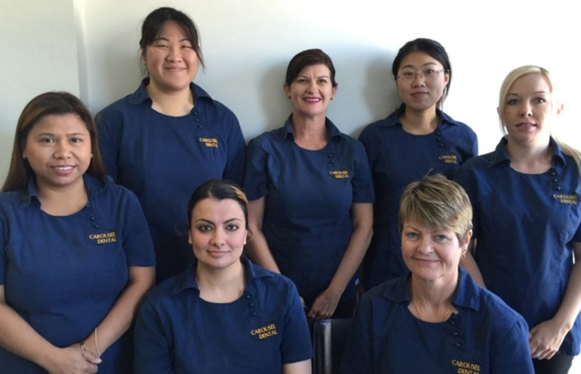 carousel-dental-team