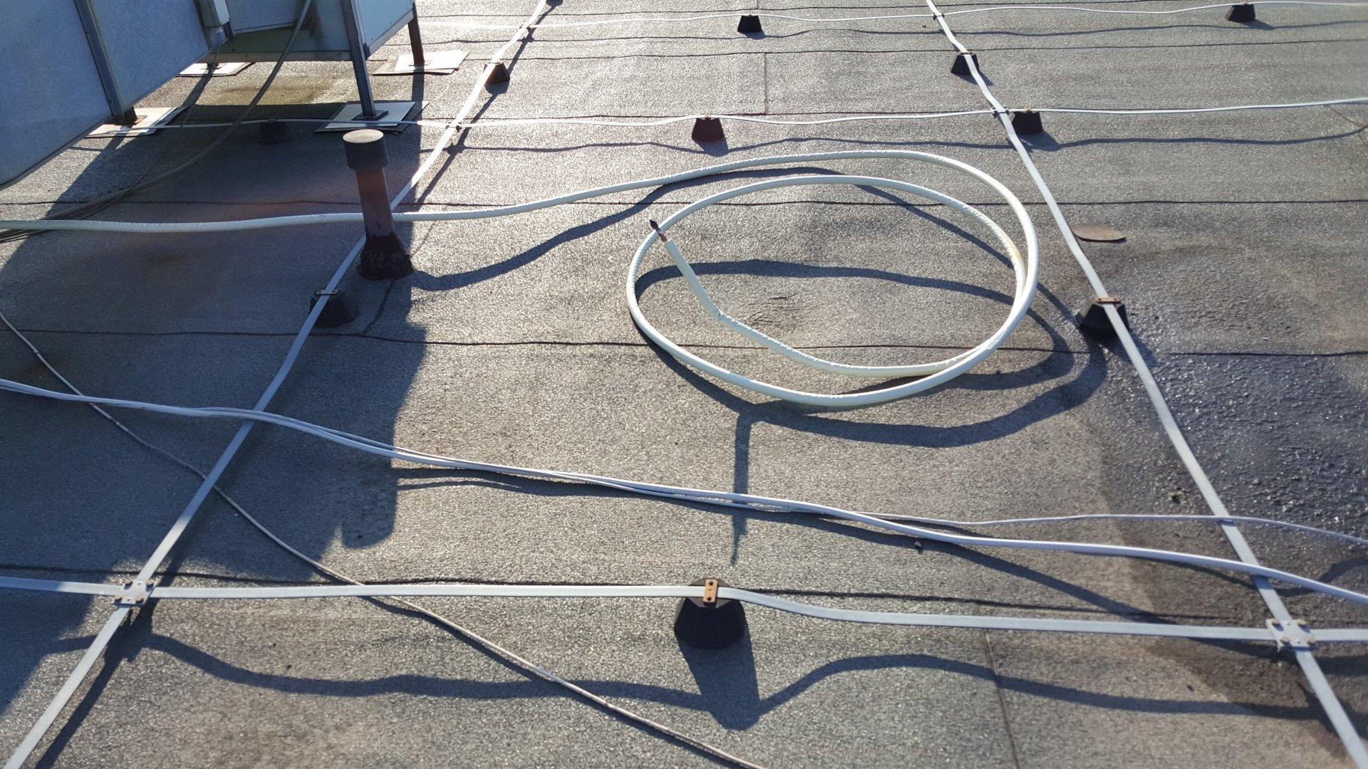 Vista della installazione del tetto