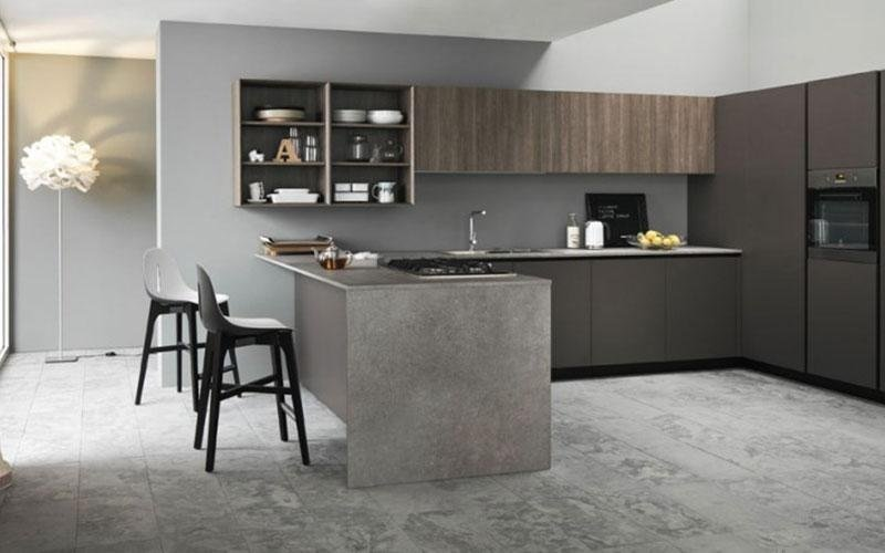 cucina moderna color legno con penisola