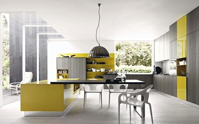 cucina moderna bianca e gialla