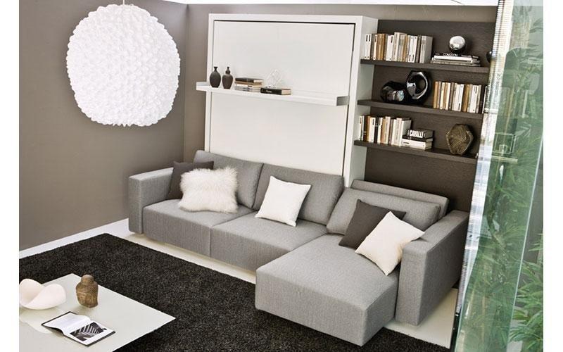 divano grigio con penisola