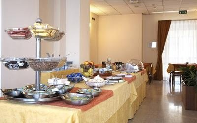 moncalieri hotel with breakfast